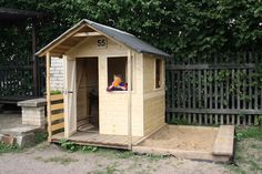 Domeček pro děti... s pískovištěm  Garden house for children