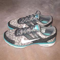 NEW Women's Nike Dual Fusion Tennis Shoes Printed Dual fusion Tennis shoes Nike Shoes Sneakers
