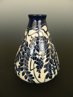 Wisteria vase by Ken Tracy