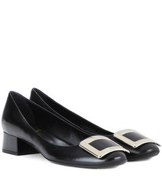 ROGER VIVIER Belle De Nuit Leather Pumps. #rogervivier #shoes #pumps