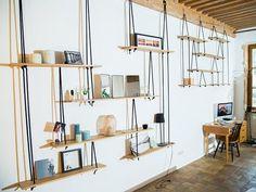 Suspended shelves-étagères suspendues  Sur mesure.