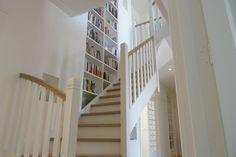 Samenvoegen van 2 appartementen bood een kans voor een prachtig bindend element in huis. Tintorettostraat, A'dam