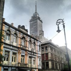 braucruz1: #torrelatino #cloudyday #building #clouds...