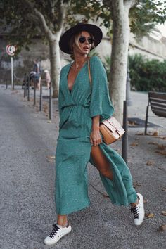 Summer chic · spring summer fashion · spring outfits · & other stories boho fashion, fashion dresses, autumn fashion, womens fashion, hijab Spring Fashion Outfits, Spring Summer Fashion, Autumn Fashion, Summer Outfits, Summer Chic, Fashion Dresses, Summer Dresses, Dressy Outfits, Mode Outfits