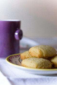 Crumiri (Italian Cornmeal Cookies). Love, love, love cornmeal in desserts!