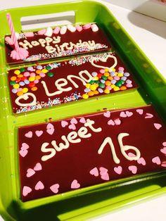 3 x Fairtrade Vollmilchschoki mit Geburtstagskerze von schokifaktur auf DaWanda.com Schokolade Geschenkset Geburtstag