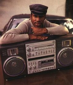 GrandMaster Flash and a Ghettoblaster in 1986