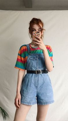 I love this outfit retro outfits, cute vintage outfits, overalls vintage, cool outfits Retro Outfits, Cute Vintage Outfits, Overalls Vintage, Mode Outfits, Grunge Outfits, Casual Outfits, 80s Style Outfits, 90s Inspired Outfits, School Outfits