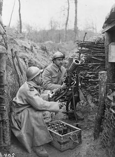 This is a picture of the french army on the western front.It is a representation of the trench warfare that occurred and caused a stalemate.