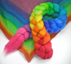 hand dyed superwash roving wool top spinning fiber rainbow progression GRATEFUL DYED 4 oz.. $18.00, via Etsy.