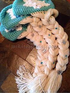 Etsy の Queen Elsa Princess Frozen Inspired Hat by jackiedye