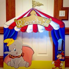 Dumbo Photo frame prop for pictures with guests Carnival Baby Showers, Circus Carnival Party, Carnival Birthday Parties, Circus Theme, First Birthday Parties, Birthday Party Decorations, Party Themes, Party Ideas, Birthday Ideas