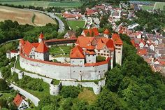 Discover the idyllic Romantic Road on a visit to Rothenburg and Harbur Castle
