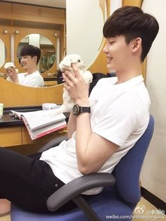 Only Lee Jong Suk — [June. 18.2016] LeeJonSuk Weibo Update ^_^...