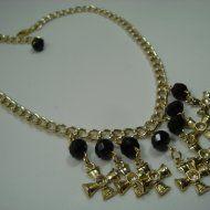 Fernanda Fernandes bijoux - Colar cristais e crucifixos