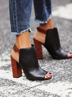 peep toe booties + ripped jeans