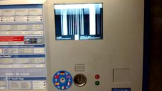 A ticket vending machine in Munich is showing weird things on its display. #bsod #pbsod