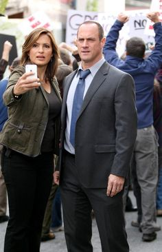 Christopher Meloni and Mariska Hargitay Photo - Marcia Gay Harden on the Set of 'Law & Order: SVU'