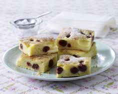 Unser beliebtes Rezept für Kirsch-Klecksel-Kuchen und mehr als 55.000 weitere kostenlose Rezepte auf LECKER.de.