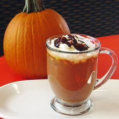 From peppermint mochas to pumpkin-spice lattes, seasonal coffee-shop beverages get a delicious homemade makeover.