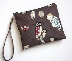 Zip and Go Owl WRISTLET by SweetPeaTotes on Etsy,