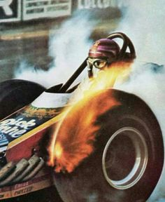 History - Drag cars in motion. Top Fuel Dragster, Dragster Car, Nhra Drag Racing, F1 Racing, Ex Machina, Vintage Race Car, Drag Cars, Car Humor, Hot Cars