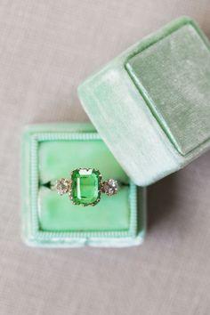 Cushion-cut emerald engagement ring: Photography: Alex W - https://www.alexwphotography.com/