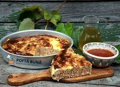 Romanian Food, Romanian Recipes, Pastry And Bakery, One Pot Meals, Sandwiches, Deserts, Pizza, Meat, Savoury Pies