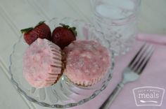Paleo Strawberry Breakfast Muffins, rated one of the healthiest paleo meals Strawberry Breakfast, Frozen Breakfast, Breakfast Muffins, Paleo Breakfast, Breakfast Recipes, Strawberry Banana, Breakfast Fruit, Breakfast Bites, Paleo Freezer Meals