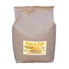 Une Idée pour nos animaux :  Son à l'ail naturelle en poudre - 5 kg Le son associé à l'ail est idéal pour booster les défenses immunitaires et améliorer la vitalité de vos volailles. Ce produit ne contenant aucun pesticide, il peut y avoir des charançons ou mites, cela n'altere pas les propriétés des céréales, vous pouvez les donner à vos poules. Produit en France http://www.lafermesauvegrain.com/soins-naturels-des-poules/149-son-a-l-ail-defenses-immunitaires-5-kg.html