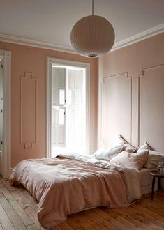 Extraordinary pink bedroom interior design just on miral iva home design Pale Pink Bedrooms, Pink Bedroom Walls, Pink Bedroom Decor, Pink Walls, Pink Room, Linen Bedroom, Bedroom Ideas, Bedroom Inspiration, Blush Bedroom