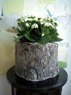21 Cool Tree Stump Vases You Can Make By Yourself | Shelterness