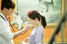 """Emergency Couple"" Episode 18 19 Scaps And Official Stills Song Ji Hyo Drama, Ji Hyo Running Man, Emergency Couple, Girl Doctor, Choi Jin Hyuk, Medical Drama, Funny Scenes, Drama Movies, Lee Min Ho"