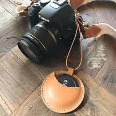 What Will be Will be Leather Art, Leather Gifts, Custom Leather, Leather Design, Leather Jewelry, Leather Purses, Handmade Leather, Leather Diy Crafts, Leather Projects