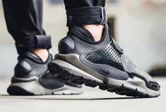 Stone Island's collaboration with NikeLab is set to release tomorrow at select stores worldwide. Joining forces with the masters of outerwear material, NikeLab presents the first ever mid-cut iteration of the Sock Dart silhouette. Below we have a list of Best Sneakers, Sneakers Nike, Yeezy, Men's Shoes, Nike Shoes, Top Shoes, Nike Air Max, Mens Fashion Quotes, Sock Dart