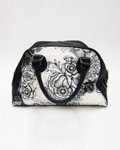 Iron Fist Laceface Zip Bag