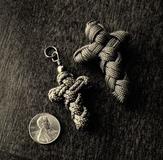 Stormdrane's Blog: The Sailor's Cross Knot...