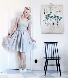 Emma Sundh in a striped vintage dress from Beyond Retro!     Source: http://blogg.damernasvarld.se/emmasvintage