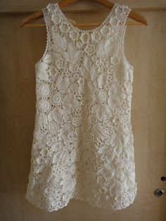 Irish crochet tank, a site with pictures and a separate tutorial section