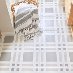 Complete Guide to Painting Tile - Top Trends Home, Painted Floors, Painting Tile, Bathroom Makeover, Guest Bathroom, Diy Design, Flooring, Airbnb House, Bathrooms Remodel