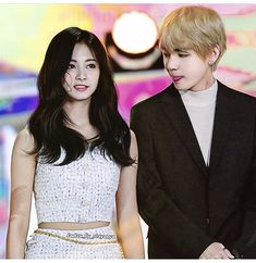 Taehyung, Swag Couples, Bts Twice, Tzuyu Twice, K Pop Star, Pink Fashion, Couple Goals, Idol, Just For Fun