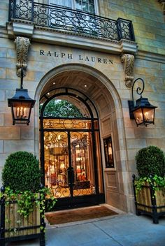 Ralph Lauren Boutique, PARIS ... Would be gorgeous entrance to a home