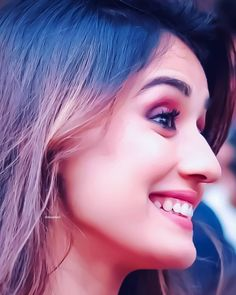 Disha Patani is a stye icon for young generation. Know more about disha Age, Height, Sister, Relationship and images on here. Beautiful Girl Indian, Most Beautiful Indian Actress, Beautiful Bollywood Actress, Beautiful Actresses, Bollywood Heroine, Beautiful Celebrities, Disha Patani Wallpapers, Disha Patani Instagram, Disha Patani Photoshoot