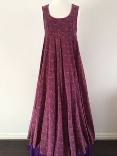 Vintage Clothing, Shoes & Accessories for sale Laura Ashley Vintage Dress, Laura Ashley Fashion, Laura Ashley Dresses, Vintage Dresses, Vintage Outfits, Vintage Fashion, Indian Designer Outfits, Designer Dresses, Kinds Of Clothes