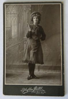 Original Cabinet Card Photo of Woman in Cowgirl Outfit— Annie Oakley Copycat | eBay