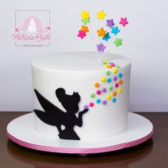 Bolo TinkerBell Bolo TinkerBell The post Bolo TinkerBell appeared first on Kindergeburtstag ideen. Pretty Cakes, Cute Cakes, Beautiful Cakes, Bolo Tinker Bell, Tortas Deli, Decoration Patisserie, Disney Cakes, Girl Cakes, Creative Cakes