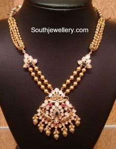 Antique Gold Necklace with Pacchi pendant