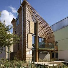 CARBON NEUTRAL HOME - very unique house - would love to make houses with very unique designs