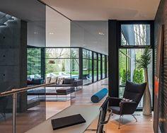 Ultramodern home office