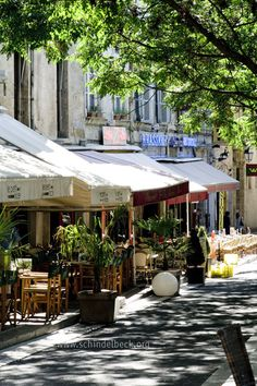 Montpellier, France -my home town / ma belle ville Montpellier, The Places Youll Go, Places To Visit, Belle France, Outdoor Cafe, Exotic Places, French Countryside, South Of France, France Travel